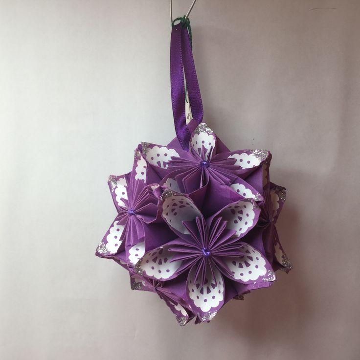 KO19 Purple with white patten inner petal...11cm sq.