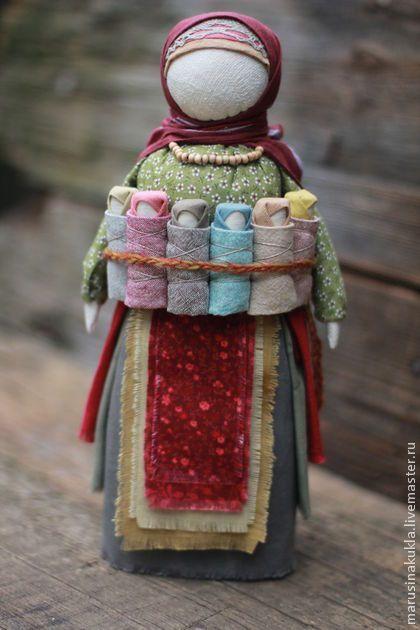 "umla: (via (75) Народные куклы     ручной работы. Ярмарка Мастеров - ручная работа Кукла ""Московка"". Handmade. | dolls | Pinterest | World Cultures, Dolls and Textile Art)"