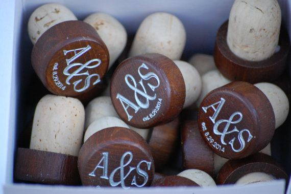 Personalized Wedding Favors, Wooden Wine Stopper, Rustic Wedding, ANY QUANTITY, Custom Wine Stopper, Vineyard Wedding