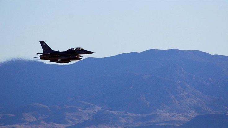 Les Etats-Unis testent avec succès une nouvelle bombe nucléaire    ON INTERDIT AUX AUTRES CE QUE L'ON SOIS MEME   TOUJOURS PLUS D 'ARMES