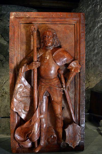 Roberto da San Severino - Castel Beseno - Trentino  -   http://www.famaleonis.com/roberto-sanseverino-tomba.asp