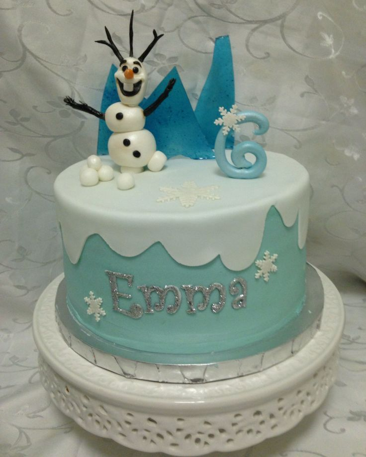 Disney's Frozen cake with Olaf topper