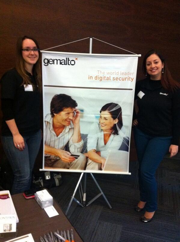 Gemalto at the #CentraleCareerForum. Proudly represented by Mayara & Nathali.