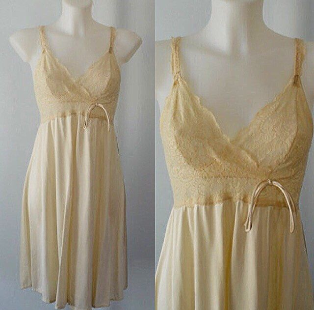 Vintage Nightgown, Olga, 1980s Nightgown, Short Nightgown, Cream Nightgown, Vintage Lingerie, Olga Bodylace by MadMakCloset on Etsy https://www.etsy.com/au/listing/268781377/vintage-nightgown-olga-1980s-nightgown