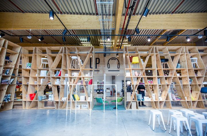 Upside department store by Atelier (M + G), Herstal department store