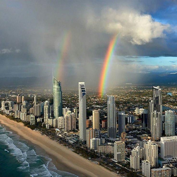 Welcome to Gold Coast Australia  Photo by : @elialocardi (via @dotzsoh )  Share your favorite cities and include #cbviews  Голд-Кост Австралия  Публикуйте свои любимые фото городов с тегом #cbviews by citybestviews
