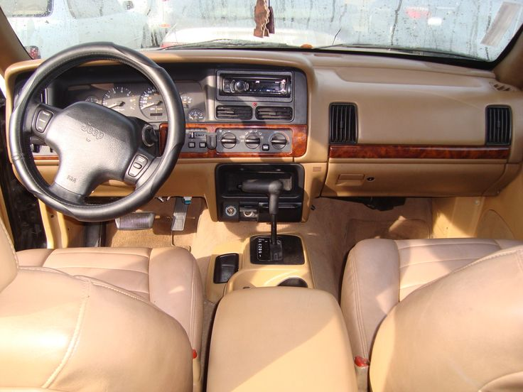 1998 jeep grand cherokee inside picture of 1998 jeep grand cherokee laredo interior cars. Black Bedroom Furniture Sets. Home Design Ideas