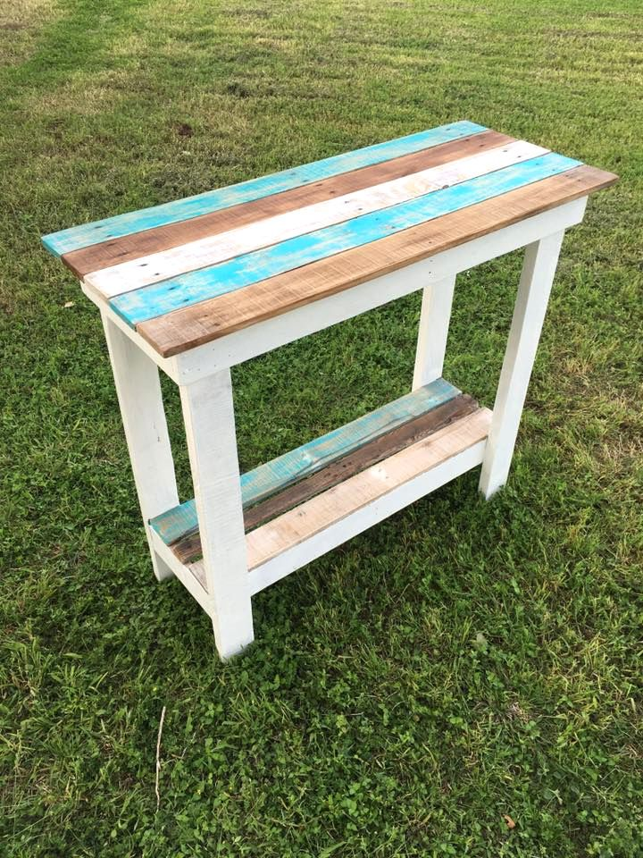 DIY Multipurpose Pallet Table | 101 Pallets - entryway bench, TV console, sofa side table, coffee bar, patio table and hall table