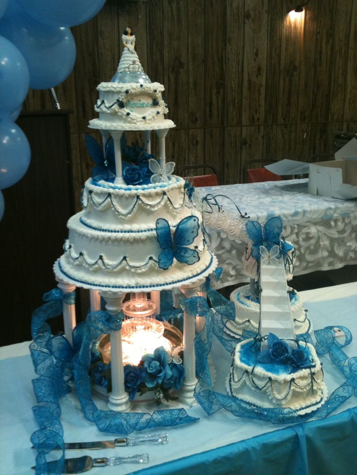 Quinceanera Cakes With Cupcakes