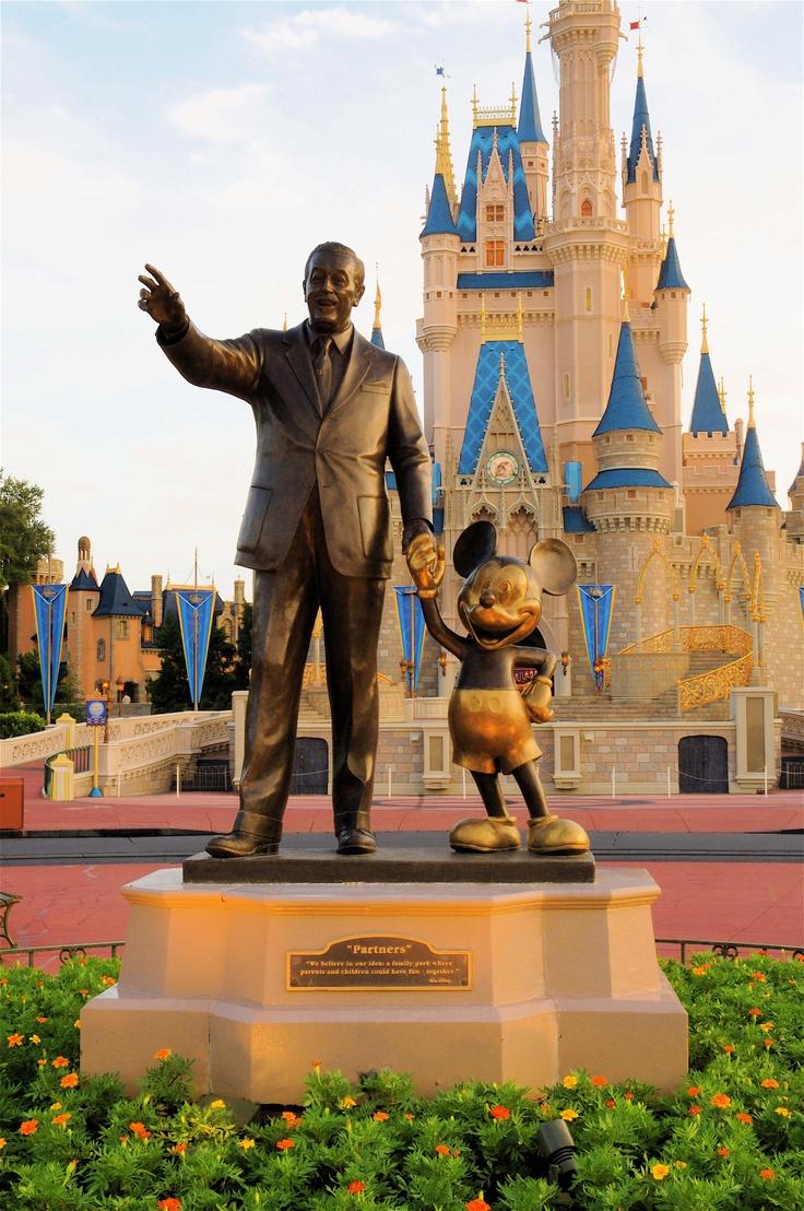 Walt and Mickey Statue WDW