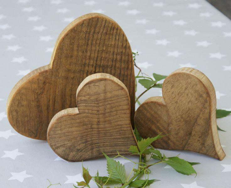Deko-Objekte - ♥♥♥ 3-er Set Holzherzen ♥♥♥  im Landhausstil - ein Designerstück von GeschenkeundMehr bei DaWanda