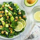 Salata pentru slabit cu naut si avocado