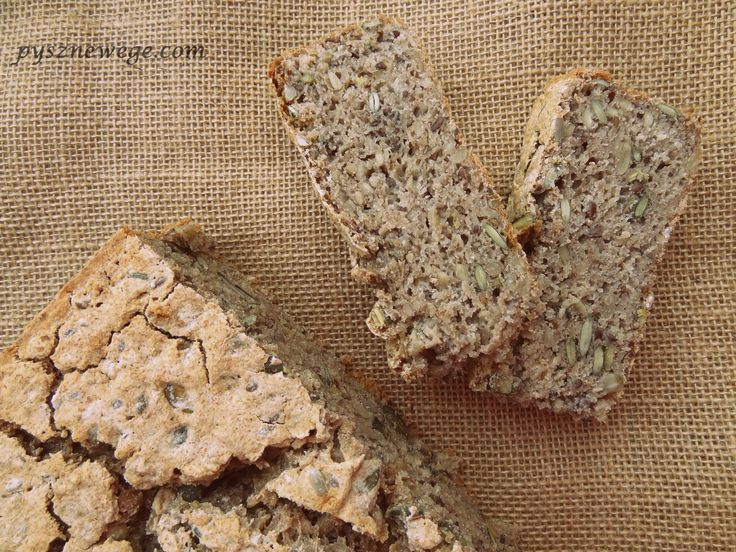 Pyszny chleb, do którego nie potrzebujecie zakwasu. Dodałam ziarna i ocet balsamiczny, dzięki czemu chleb ma dość oryginalny smak. Jest zdecydowanie mniej wilgotny niż chleb żytni na zakwasie, ale …