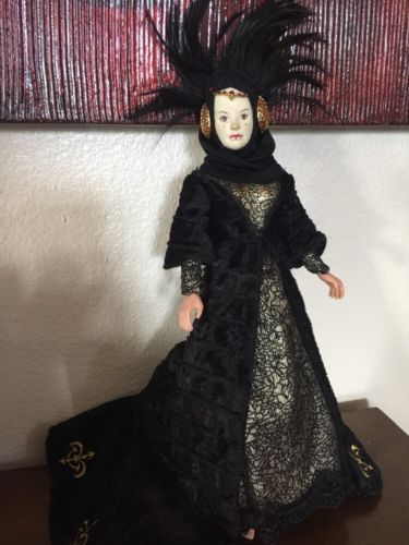 Queen-Amidala-Star-Wars-Barbie-Size-Doll-Hasbro-11-034