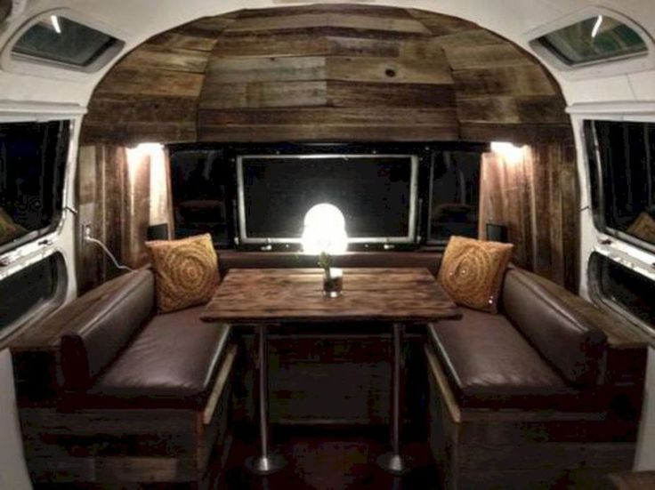Best 20 airstream interior ideas on pinterest air for Airstream christmas decoration