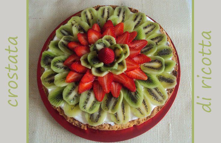 crostata alla frutta con crema alla ricotta