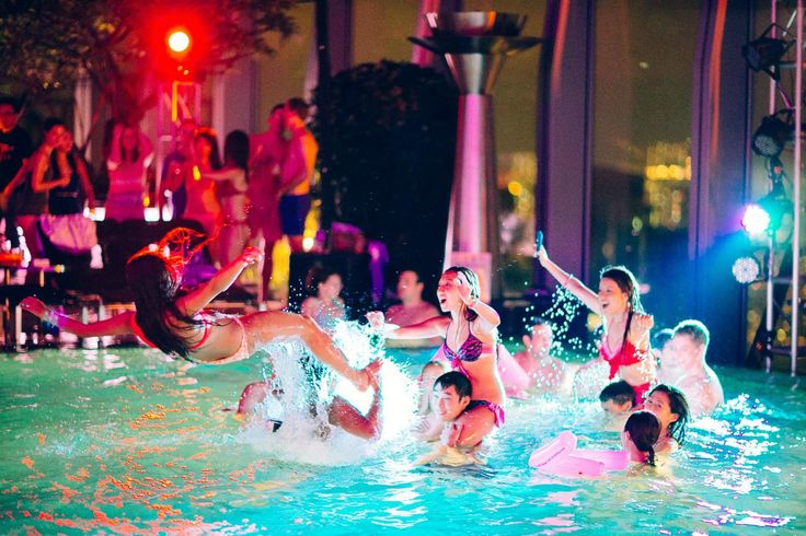 Water wings? Try Champagne sprays. This is how how to pool party.