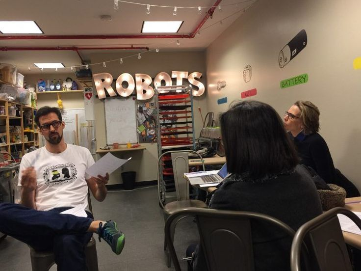 In the shadow of the Freedom Tower, 16 liberal New Yorkers came together in a Tribeca storefront robotics workshop Sunday night to figure out how to help rebuild the Democratic grassroots and retake the U.S. House of Representatives from Republicans in 2018 —a breathtakingly ambitious goal.