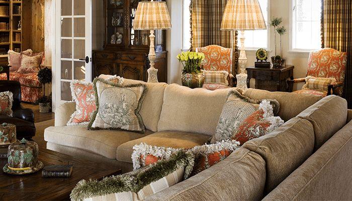 Угловой диван в стиле Прованс