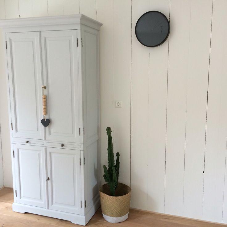 Meer dan 1000 idee n over planken muur op pinterest houten lat muur garages en houten latten - Binnenkleuren met witte muur ...
