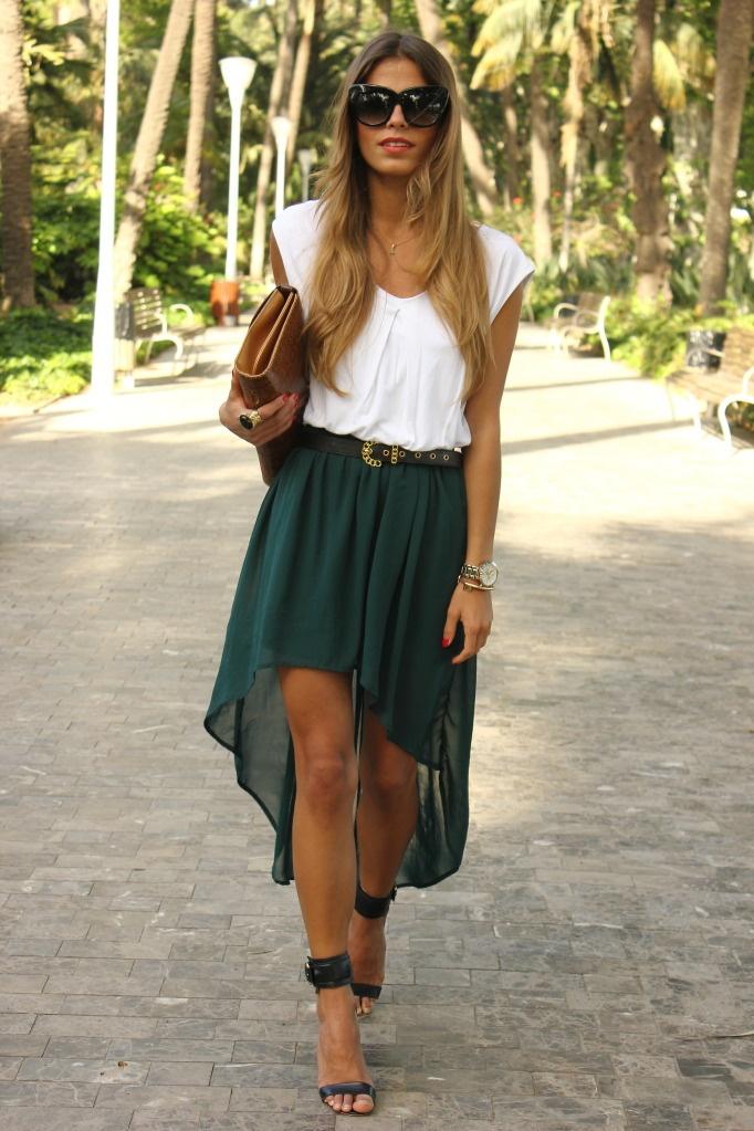 Chaqueta/Jacket - Zara (SS 11)  Camiseta/T-shirt - Zara (old)  Falda/Skirt - Zara (SS 12)  Cinturón/Belt - Blanco (old)  Sandalias/Heeled sandals - Mango (SS 12)  Clutch - Vintage  Anillo/Ring - Lovelix