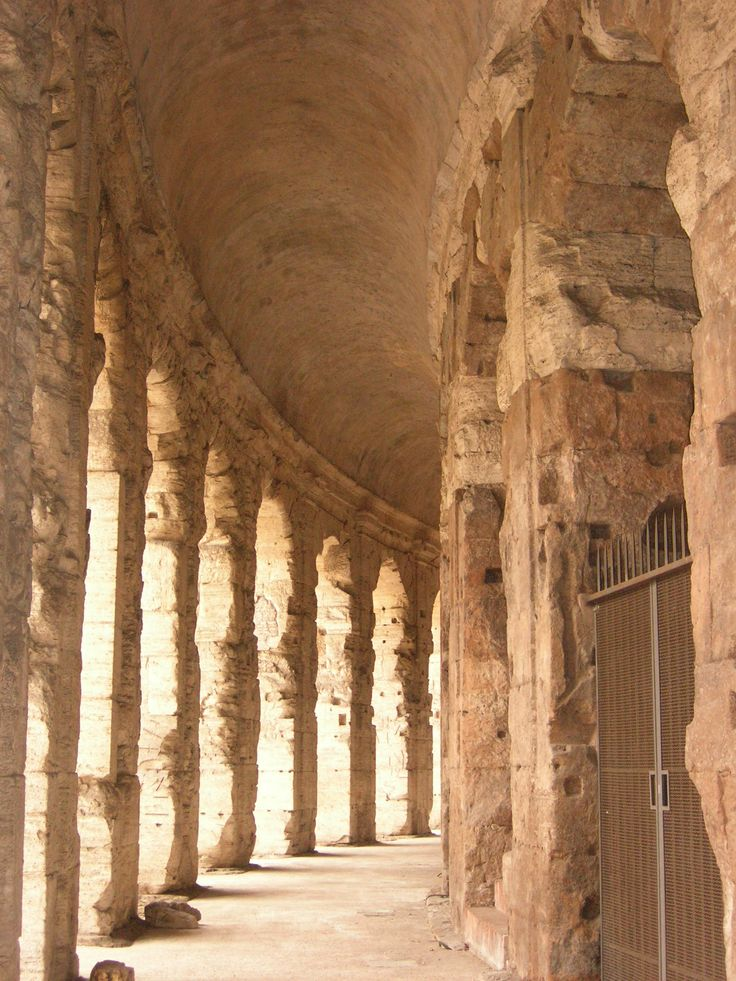 Theatre of Marcellus - the 'ambulacro' (or walkway) - 13BC Rome - ground level of the cavea - Doric order.