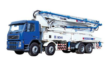 Concrete Pump: HB44  Crew in cab:2 Max. speed: 94km max. grade-ability: 38%  For these and similar products visit: www.integramotors.co.za/  #IntegraGroup