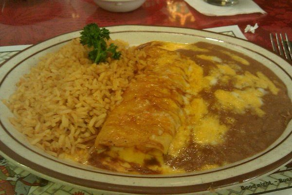 Mexican Chain Restaurant Recipes: Cheese Enchiladas