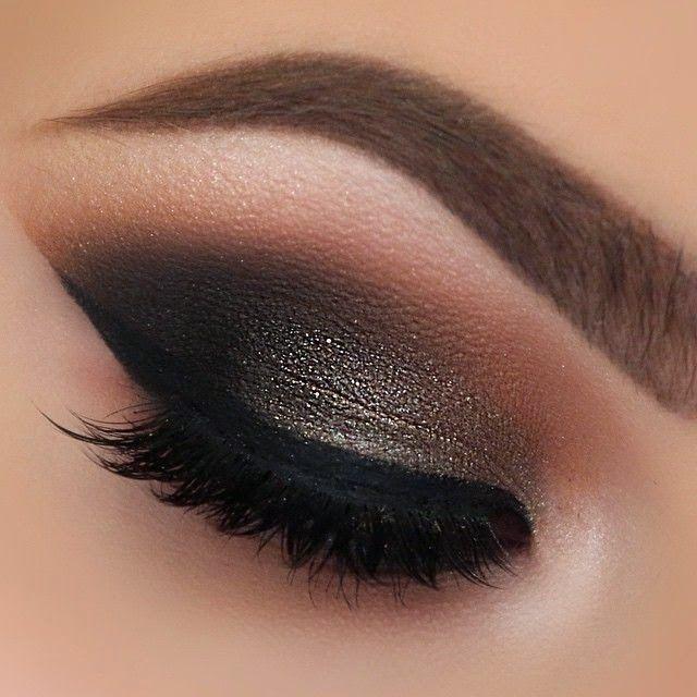 Fantastic smokey eye makeup