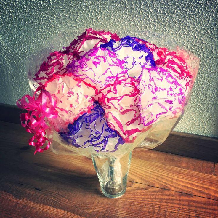 25 beste idee n over bloemen van papieren zakdoekjes op pinterest weefsel bloemen - Versieren van een muur in ...