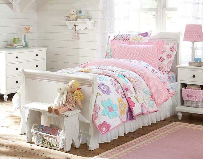 Avery Flower Bedroom