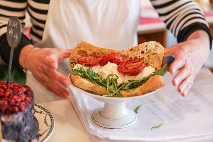 【初上陸】「ンーモッツァ(Mmmozza)」が原宿にオープン!パリで話題のモッツァレラサンドイッチ - macaroni