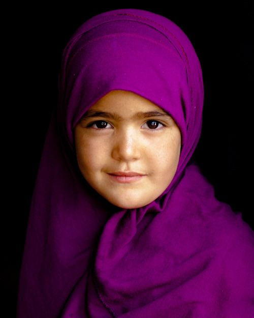 little america muslim girl personals Muslim women are a fast-growing segment of the united states population that reflects the breadth of this country's racial, ethnic, and multicultural heritage and includes us-born muslims of diverse ethnicities, immigrants from many countries and regions, and converts from various backgrounds.