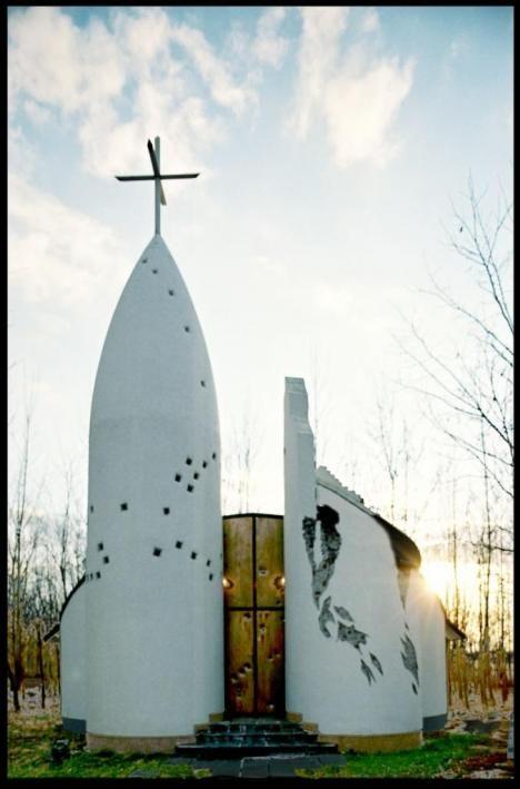 Kiskunmajsa - '56- os hősök kápolnája | Élőépítészet