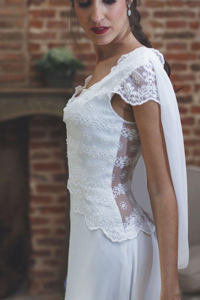 vestido novia espalda encaje complementos azul | novias chic