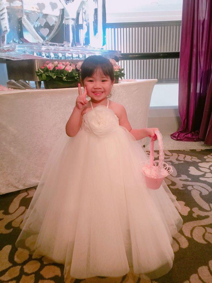 Mejores 7 imágenes de 花童 en Pinterest | Vestidos de novia, Boda de ...