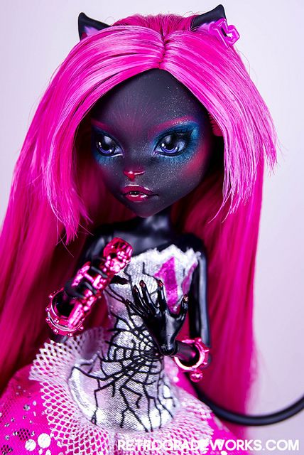 Monster High Custom Catty Noir Repaint