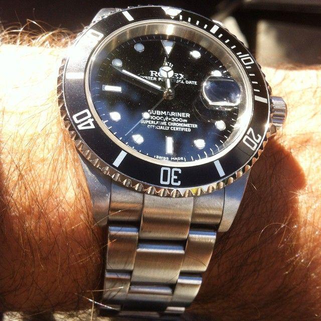 #Rolex #16610 #submarinerdate #submariner #relojes #watchporn #wristporn #horology #orologi #uhren #montres #watches #menwatches #timepiece #wristporn #watchaddiction #watchporn #watchaddict #dailywatch #watchlover #watchfam #menwithclass #menstyle #wristshot  #vintagewatch #vintagerolex #grailwatch