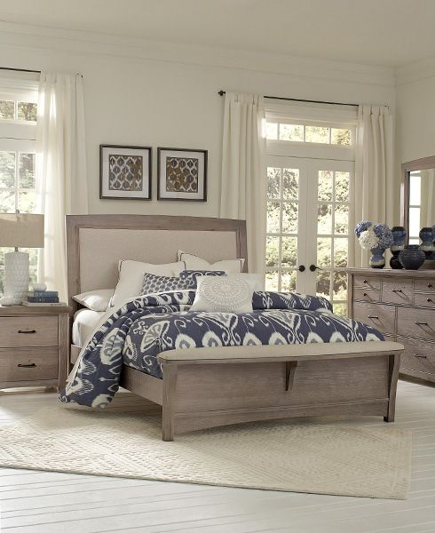 Super In Love With This Coastal Bedroom. Upholstered And Distressed Wood  Bed With Upholstered Footboard