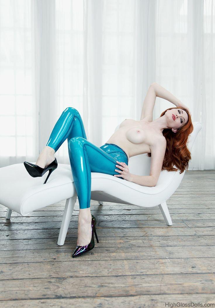 MV — colorfulkink:   Kendra James on High Gloss Dolls