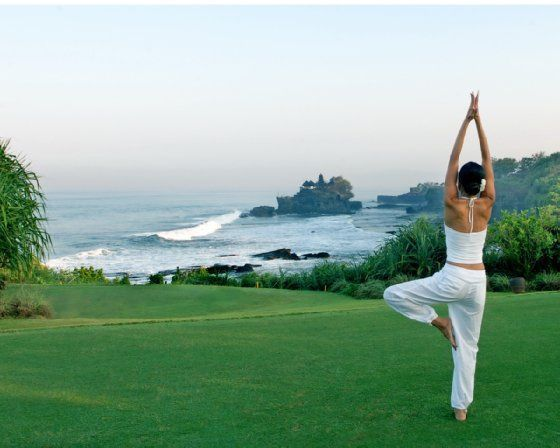 http://i0.bookcdn.com/data/Photos/OriginalPhoto/92/9212/9212157/Pan-Pacific-Nirwana-Bali-Resort-photos-Facilities-Yoga-By-The-Cliff.JPEG
