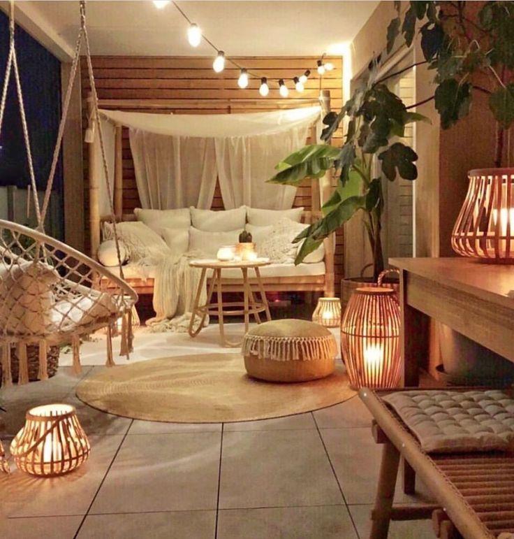 How To Create The Perfect Boho Chic Bedroom World Of Interiors, Small Balcony Decor, Balcony Ideas, Indoor Balcony, Patio Ideas, Balcony Decoration, Balcony Plants, House Plants, Balkon Design