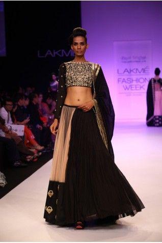 19 best Lengha Chaniya Choli images on Pinterest   Indian clothes ...