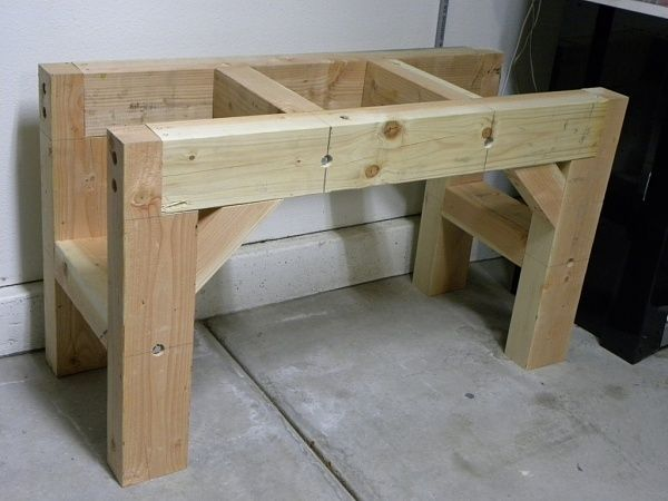 Love this VERY solid looking frame for a workbench, Simple joints! THINK DESK OR BOOKCASE APPLICATION............: