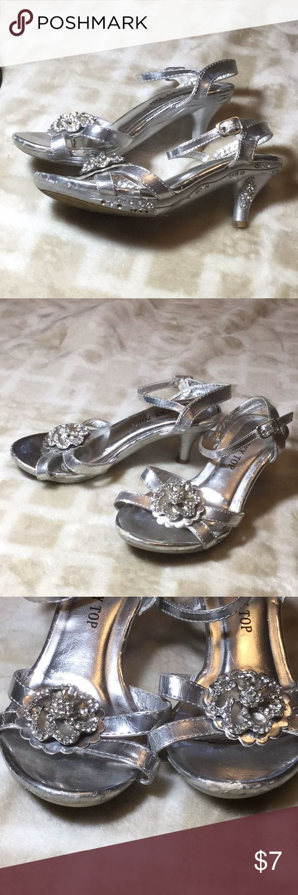 """Silver, Sparkly sandal heels, Size 10 Used, some wear (shown), silver strappy sandal heels (1"""") with buckle closure, Size 10 little girls. Super cute for dress-up or parties. Shoes Dress Shoes"""