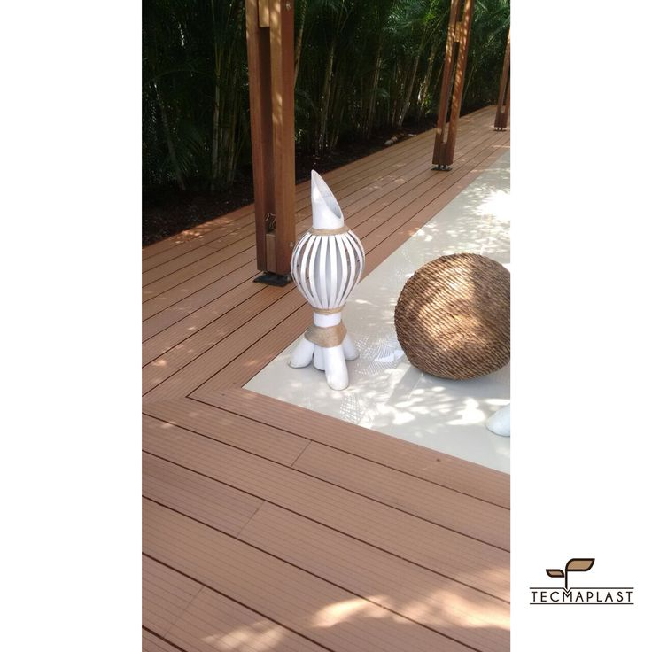 Ahora en Adiela de Lombana puedes encontrar espectaculares pisos deck de nuestro proveedor Tecmaplast