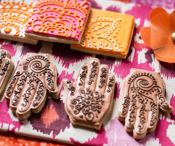 Modern Indian Inspired Cookies/Party.. {pardon me, but would you please lend-a henna.} {-smile-}