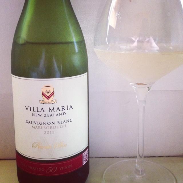 #tgtaste w/@villamaria_wine + @beathirstygirl. Love this Sauv Blanc! #ww