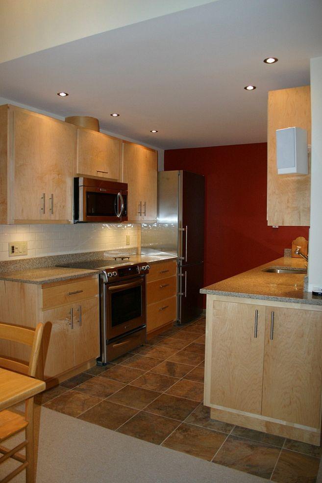 Small Kitchen 39 Condo 39 Renovation Condos Kitchens And Small Kitchen Layouts