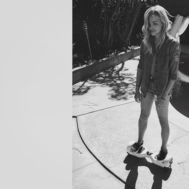Pin for Later: Chloë Grace Moretz Has 4 Easy Styling Hacks You'll Actually Enjoy Trying Her Main Fashion Rule